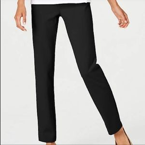 J. JILL Large Black Ponte Slim Leg pull on Pants